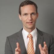 Nicolas Scheidtweiler, Inhaber von Scheidtweiler PR, Agentur aus Bremen