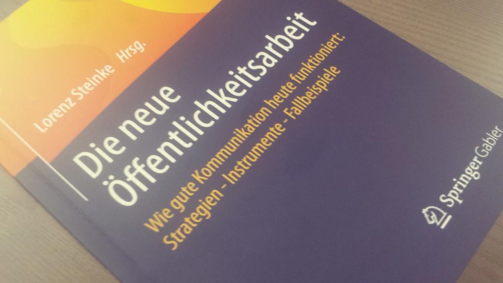 Gute Infos: Ein bunter Strauss neuer Öffentlichkeitsarbeit durch Lorenz Steinke, Rezension