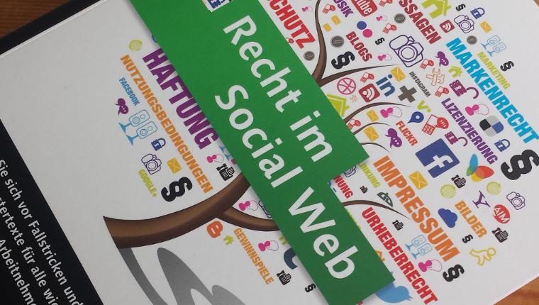 Artikel - Recht im Social Web von Christian Solmecke - Rezension von Nicolas Scheidtweiler