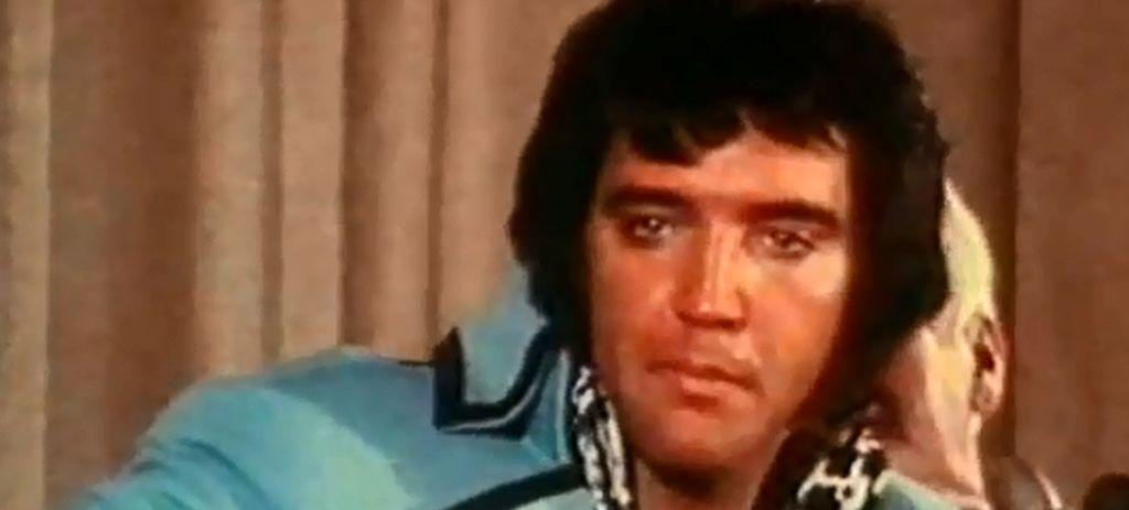 Bild: Elvis Presley im Interview über Image und Identität