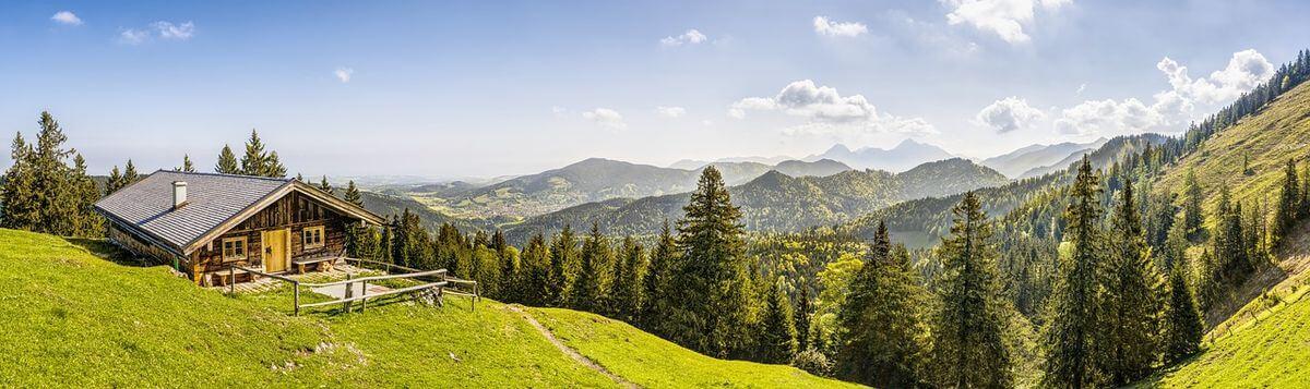 Familiengeführter Berggasthof und Gästehaus befindet sich direkt am Fuß der Alpen - PR-Blog